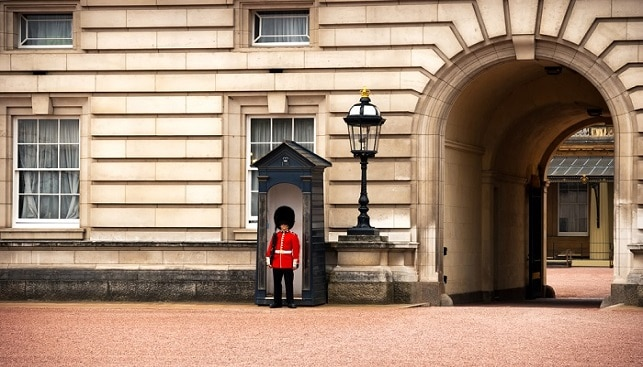 ארמון בקינגהאם אנגליה