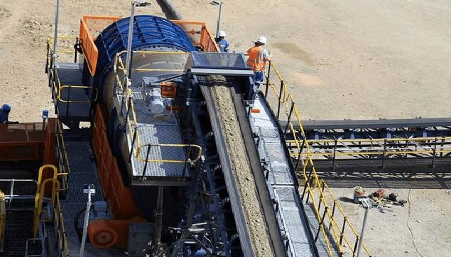 מפעל ההפרדה במכרה היהלומים לרלה