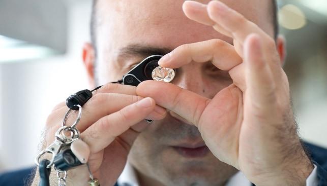 יהלום מלוטש לופה בדיקה
