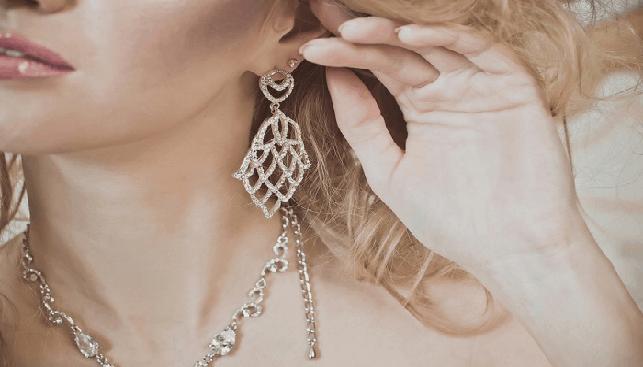 עגילי יהלומים תכשיטי יוקרה
