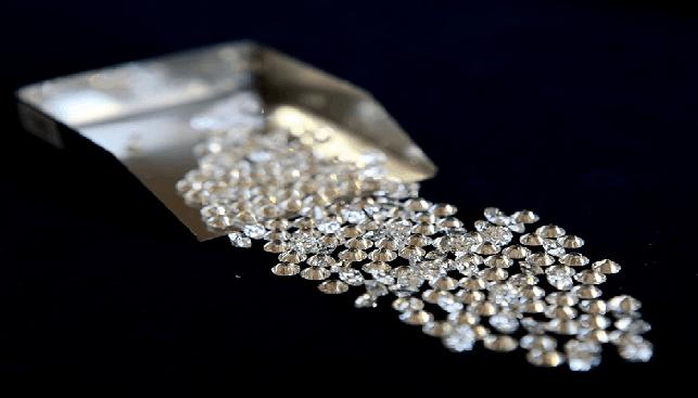 יהלומים מלוטשים בתפזורת