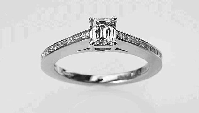 טבעת יהלום של אבי פז