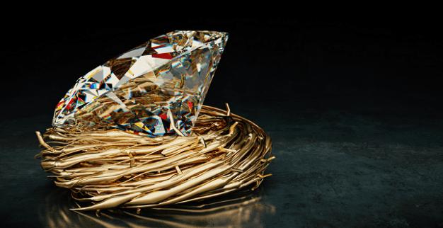 יהלום מלוטש עגול מונח בקן מזהב