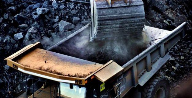 טרקטור מעמיס עפרת יהלומים, קימברליט מכרה לטסנג של ג'ם יהלומיםטרקטור מעמיס עפרת יהלומים, קימברליט מכרה לטסנג של ג'ם יהלומים
