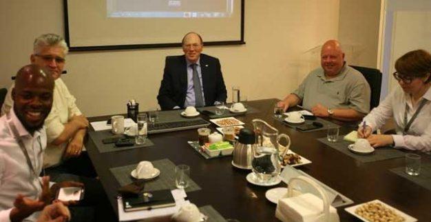 ביקור ועדת בדיקה של תהליך קימברלי במכון היהלומים