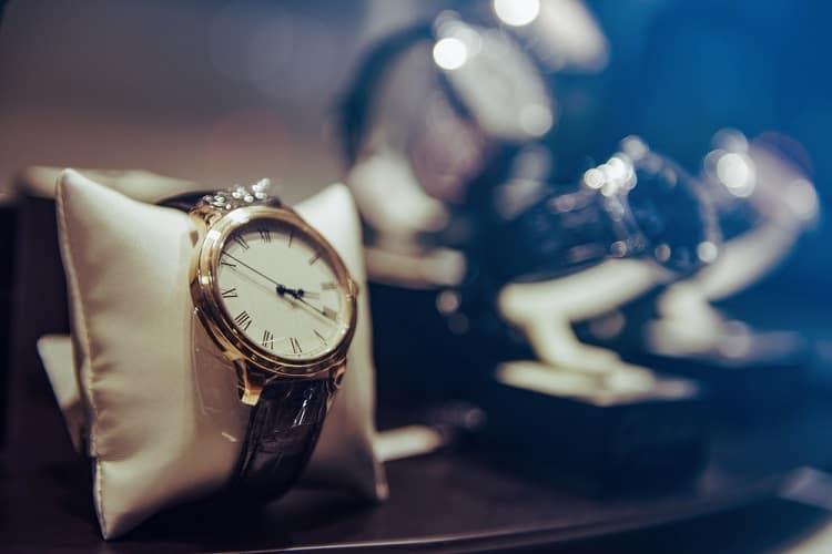 שעוני יוקרה שעונים שוויצרים