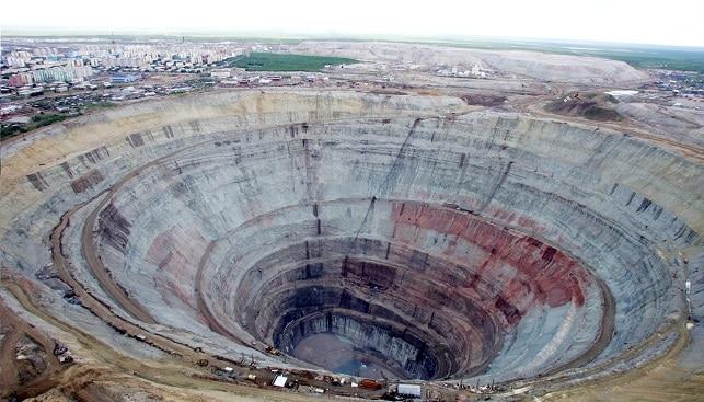 מכרה יהלומים סיביר רוסיה