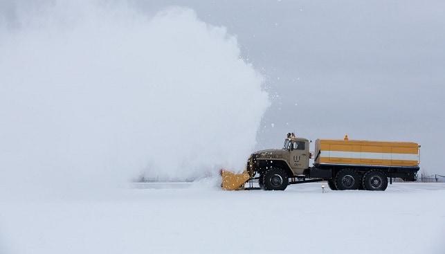 משאית שלג מכרה יהלומים