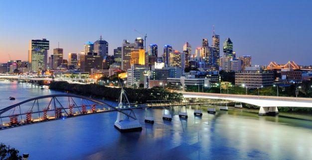 בריסביין אוסטרליה גשר נהר גורדי שחקים