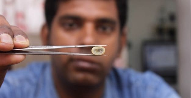 בדיקת יהלומים הודו