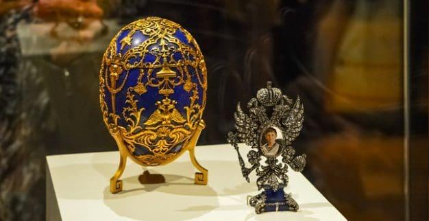ביצי פברז'ה זהב יהלומים