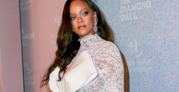 ריהאנה נשף יהלומים תכשיטים
