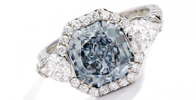 טבעת יהלום כחול פנסי