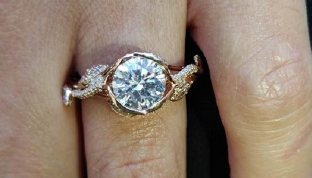 טבעת יהלום אירוסין סטטיק