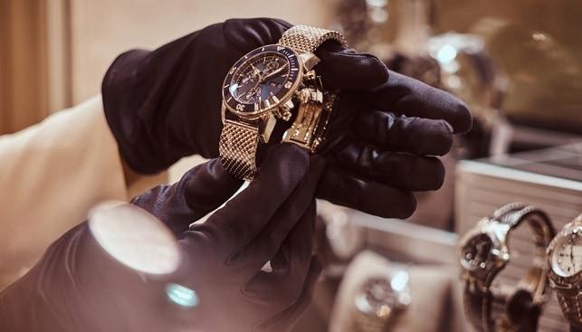 שוד תכשיטים שעונים יהלומים