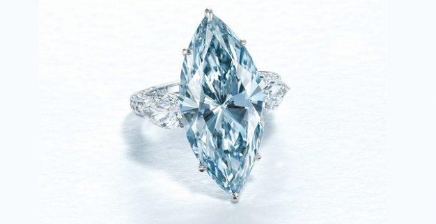 טבעת יהלום כחול כריסטיס