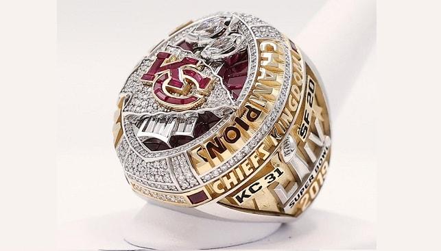 טבעת אליפות קנזס פוטבול