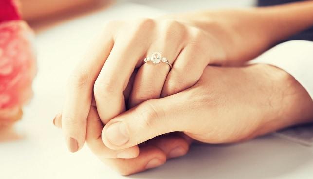 טבעת יהלום אירוסין זוג
